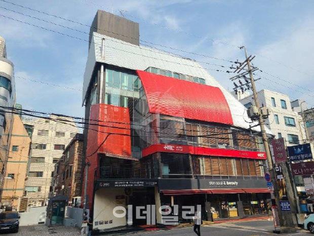Giới siêu giàu Kbiz: 6 ngôi sao sở hữu bất động sản chục triệu đô la, 2 thành viên SNSD chưa bằng bà hoàng Son Ye Jin - Ảnh 7.