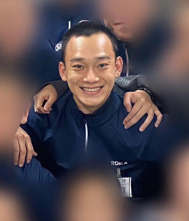 Hé lộ hình ảnh đầu tiên trong quân đội của Chen (EXO): Dừ đi cả chục tuổi, xuống sắc đến fan cũng nhận không ra - Ảnh 3.