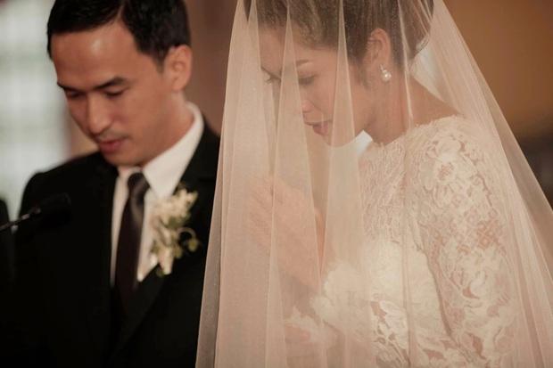 Hà Tăng lần đầu hé lộ toàn cảnh lễ đường hôn lễ ở Philippines, gửi lời ngọt ngào đến Louis Nguyễn nhân kỷ niệm 8 năm cưới - Ảnh 3.