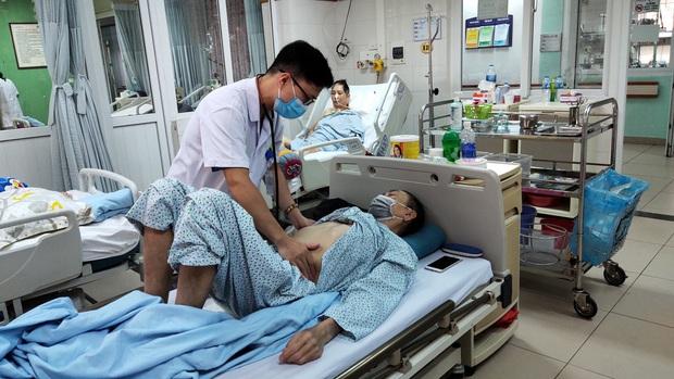 Cảnh báo: Uống thuốc nam trị tiểu đường chứa chất cấm, người đàn ông nhập viện nguy kịch - Ảnh 1.
