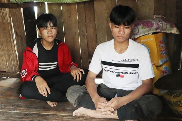 Bố mẹ mất khi đi làm thuê, 2 anh em sống lay lắt bên bà ngoại già yếu: Có bữa nhà hết gạo, con phải nhịn đói đi học - Ảnh 3.