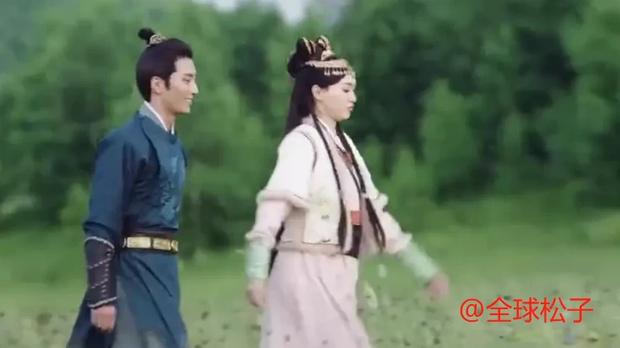 """Đường Yên lộ rõ bụng bầu ở Yến Vân Đài, netizen điên tiết: """"Ekip ghi hình bất chấp sức khỏe diễn viên ư?"""" - Ảnh 2."""