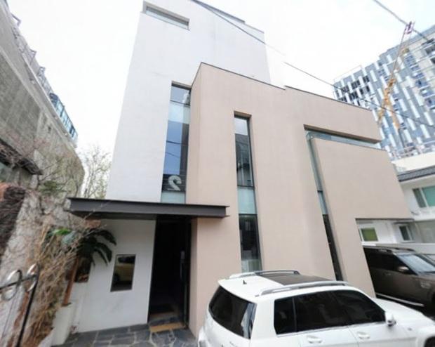 Giới siêu giàu Kbiz: 6 ngôi sao sở hữu bất động sản chục triệu đô la, 2 thành viên SNSD chưa bằng bà hoàng Son Ye Jin - Ảnh 12.