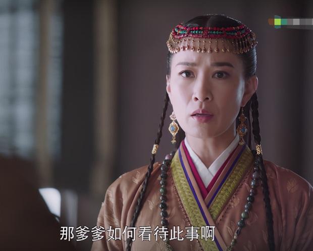 Đường Yên gây tranh cãi khi bị ekip dặm mặt hồng quá đà ở Yến Vân Đài - Ảnh 9.