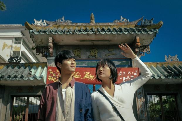 Sài Gòn Trong Cơn Mưa: Thước phim non trẻ nhưng đầy cảm xúc dành cho những kẻ khờ mộng mơ của phương Nam - Ảnh 2.