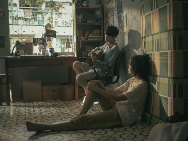 Sài Gòn Trong Cơn Mưa: Thước phim non trẻ nhưng đầy cảm xúc dành cho những kẻ khờ mộng mơ của phương Nam - Ảnh 3.
