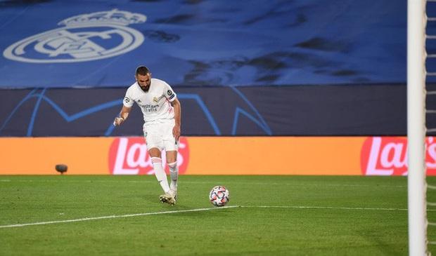 Real Madrid thoát bét bảng sau chiến thắng 3-2 trước Inter Milan - Ảnh 1.