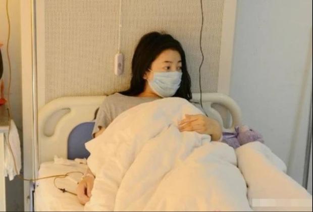 Cô gái 29 tuổi đã mãn kinh, nguyên nhân đến từ thói quen ăn chay không ăn thịt: 3 thói quen của giới trẻ dễ dẫn đến vô kinh - Ảnh 2.