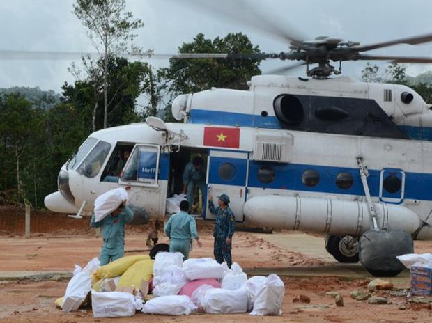 Hơn 27 nghìn bộ đội và 11 máy bay sẵn sàng ứng phó bão số 10 - Ảnh 1.