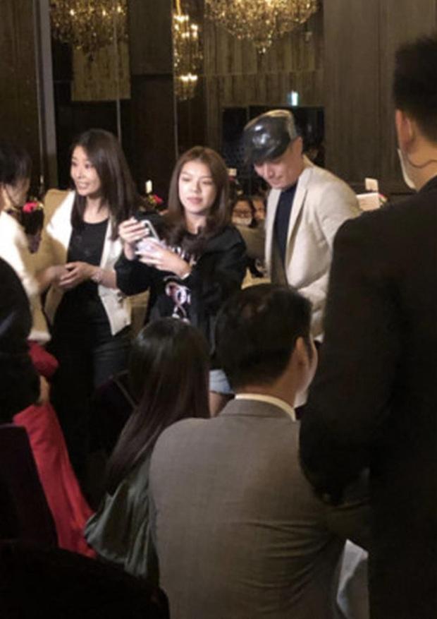 Hot nhất Weibo: Lâm Tâm Như - Hoắc Kiến Hoa lộ diện tại sinh nhật bố, biến tiệc thành hôn lễ thứ 2 với 1 hành động - Ảnh 4.