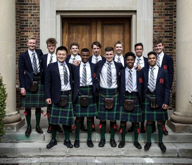Nam sinh ở các nước mặc gì đi học: Nơi quy định mặc quốc phục khi mới vào lớp 1, nơi yêu cầu diện váy đến trường - Ảnh 7.