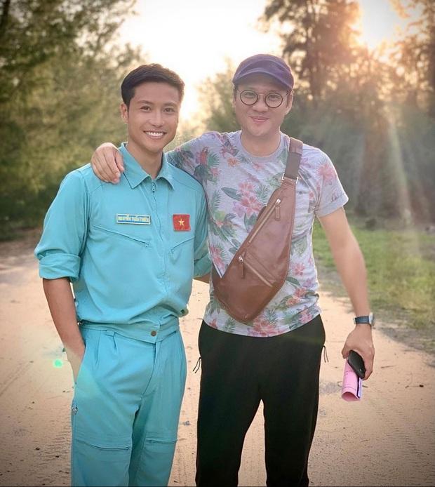 Hào hứng khoe ảnh phim mới, Thanh Sơn bị bóc ăn mặc sai tác phong người lính - Ảnh 1.