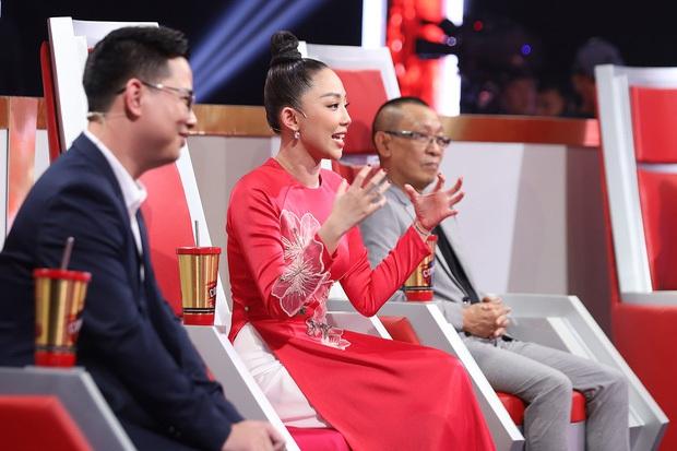 Tóc Tiên đăng ảnh, clip với Trấn Thành ngay trên trường quay Siêu Trí Tuệ Việt Nam mùa 2! - Ảnh 1.
