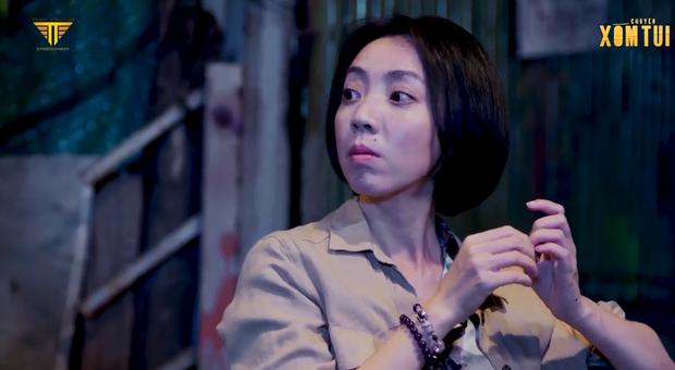 Thu Trang suýt bùng show từ thiện ở tập cuối Chuyện Xóm Tui, may quá cái kết lật kèo nhân văn quá chừng! - Ảnh 2.