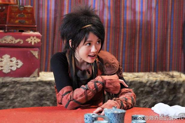 Dương Tử, Triệu Lệ Dĩnh khiến khán giả từ chối nhận người quen khi lột xác với tóc sư tử chán chẳng buồn ngắm! - Ảnh 4.