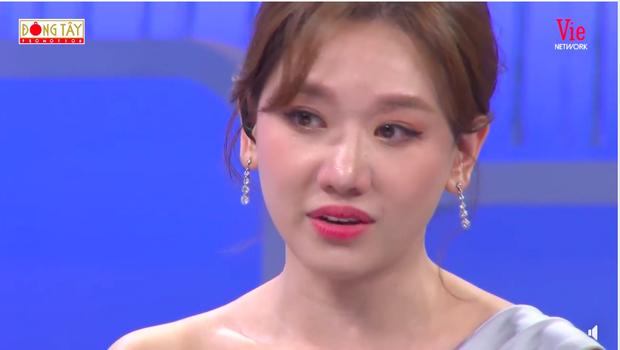 Chia sẻ về bệnh ung thư đang gây xôn xao, Hari Won đăng ảnh bên Trấn Thành kèm status đầy xúc động: Mình vẫn còn yêu nhau - Ảnh 4.