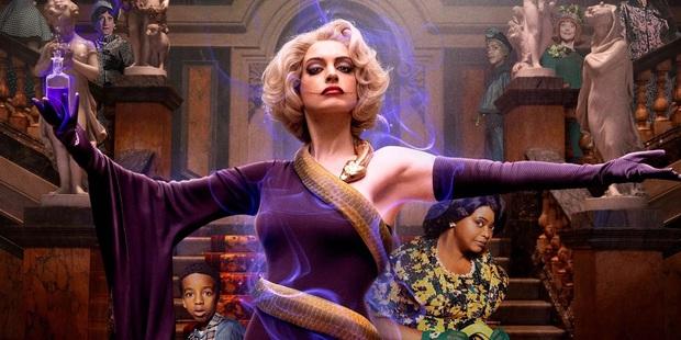 Tạo hình phù thủy cụt tay của Anne Hathaway bị tố xúc phạm người tàn tật, NSX xin lỗi còn fan thì tranh cãi kịch liệt - Ảnh 2.