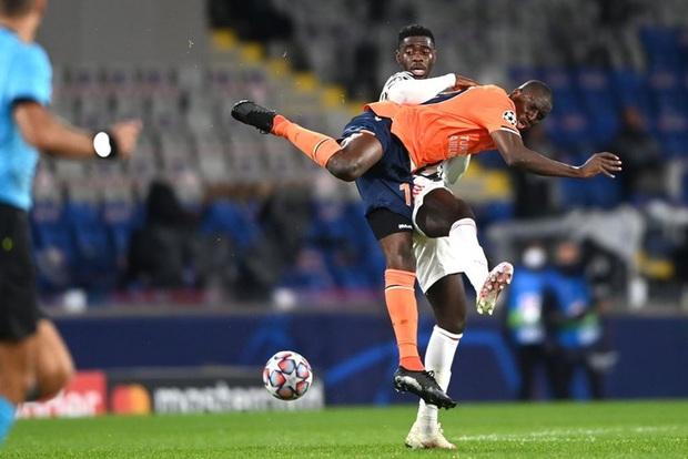 MU thất bại muối mặt trước đối thủ kém xa về danh tiếng tại Champions League - Ảnh 3.