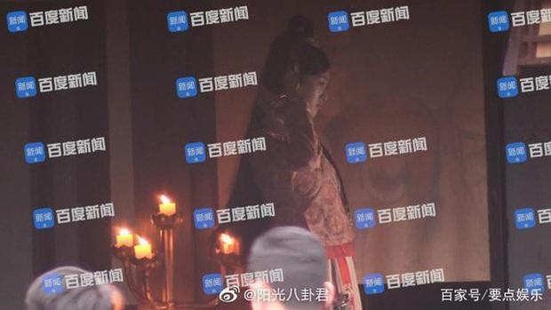 Không chỉ Đường Yên, có 5 sao nữ Cbiz từng quay phim khi có bầu: Dương Mịch nhập viện, Dĩnh Nhi mất con mãi mãi - Ảnh 5.