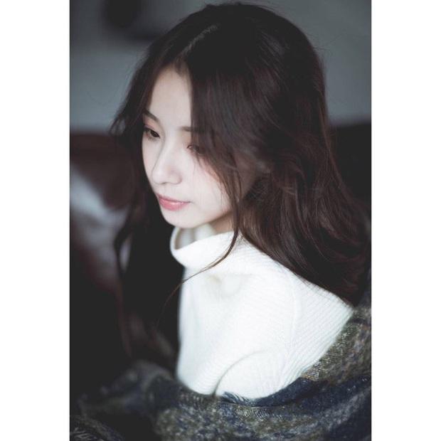 Sở hữu nhan sắc đỉnh cao không chút giả trân, nữ streamer Trung Quốc chiếm trọn cảm tình của khán giả chỉ sau 2 ngày lên sóng - Ảnh 6.