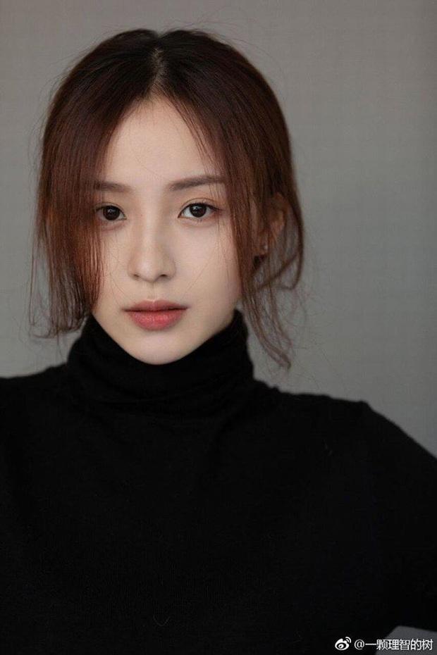 Sở hữu nhan sắc đỉnh cao không chút giả trân, nữ streamer Trung Quốc chiếm trọn cảm tình của khán giả chỉ sau 2 ngày lên sóng - Ảnh 8.