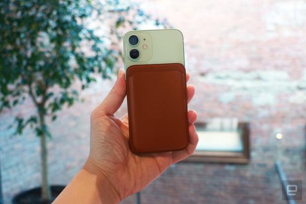 Ngắm iPhone 12 Mini thực tế, rất nhỏ gọn! - Ảnh 3.