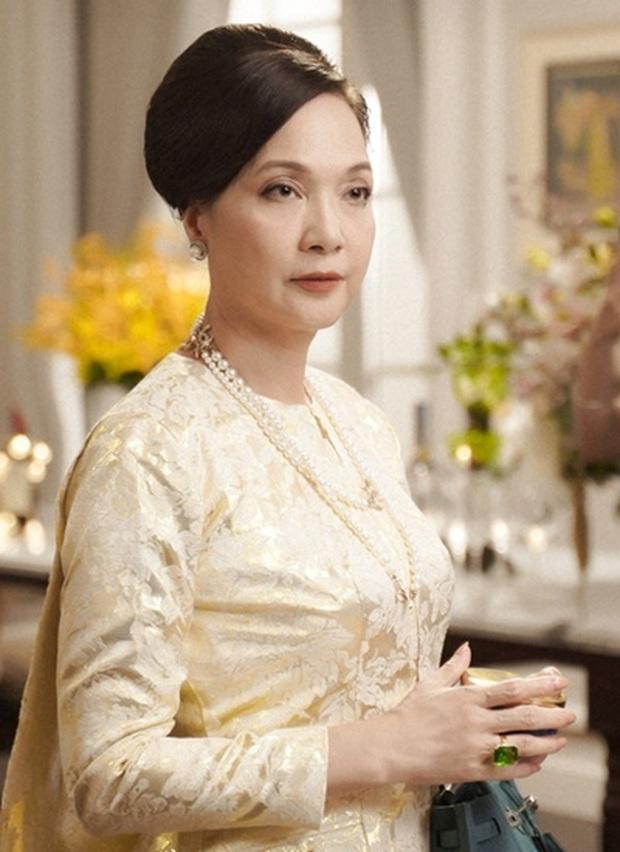 NSND Lê Khanh gửi lời xin lỗi đến khán giả sau 1 mùa Chị Em Chúng Mình - Ảnh 3.