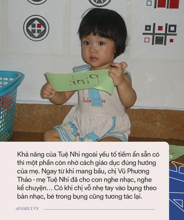 Bé gái Hải Phòng được xưng tụng là thần đồng, 10 tháng tuổi biết nói, 15 tháng tuổi bắn 4 thứ tiếng ngày ấy - bây giờ ra sao? - Ảnh 2.