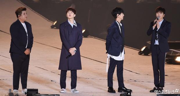 15 năm Super Junior từ hố đen tử thần thành huyền thoại Kpop: Sóng gió nào rồi cũng qua, giờ đây thời gian bên nhau sẽ là vô hạn - Ảnh 17.