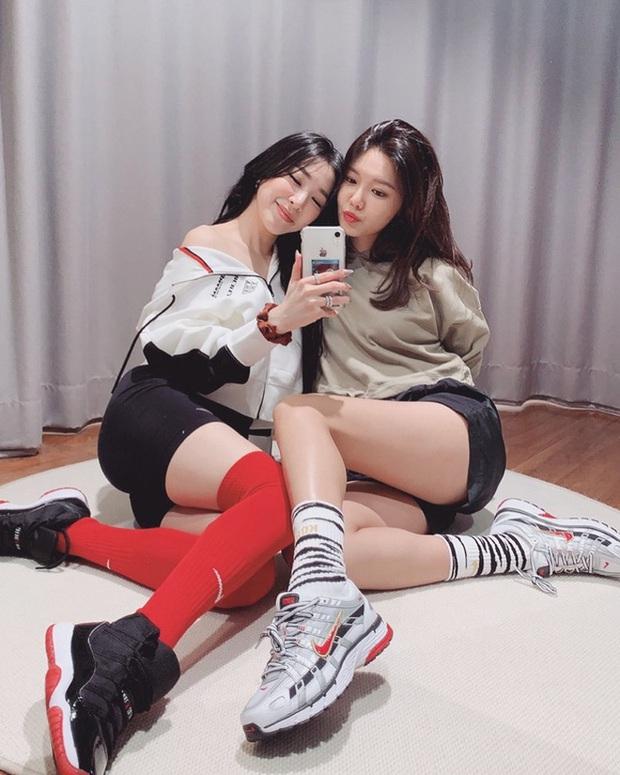 Jessi hỏi về kế hoạch tái hợp của SNSD còn gạ đổi tên nhóm vì các thành viên U30 hết rồi, Tiffany trả lời gọn lỏn đầy thuyết phục - Ảnh 5.