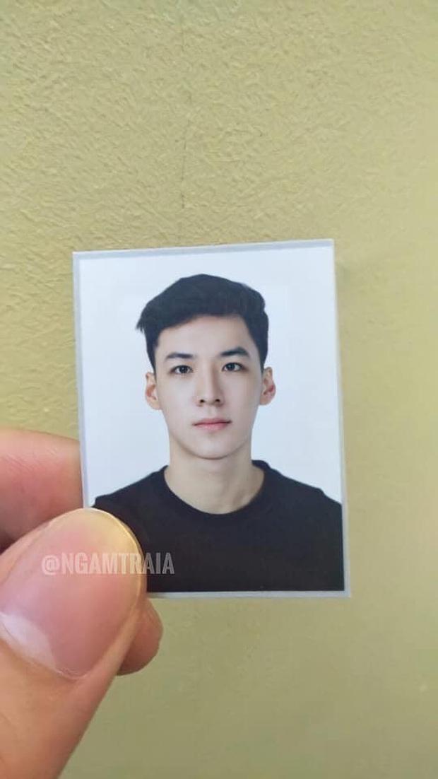 Hot boy ảnh thẻ trường Luật - Ảnh 1.