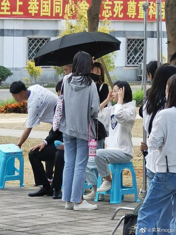 Tạo hình nữ chính Mãi Mãi Là Bao Xa bị netizen phản đối kịch liệt: Nam tính quá mức, sai nhất là mái tóc ngắn cũn cỡn kìa! - Ảnh 3.