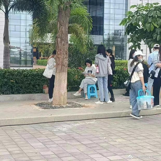 Tạo hình nữ chính Mãi Mãi Là Bao Xa bị netizen phản đối kịch liệt: Nam tính quá mức, sai nhất là mái tóc ngắn cũn cỡn kìa! - Ảnh 10.