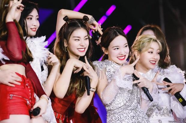 11 thành viên hụt các nhóm nhạc hot nhất Kpop: Mỹ nhân hụt suất vào BLACKPINK thành nữ thần mới, BIGBANG suýt có 6 người? - Ảnh 22.