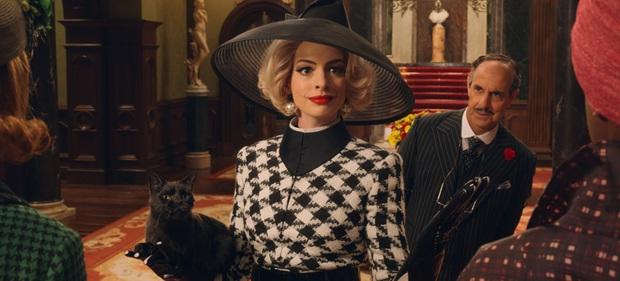 Anne Hathaway: Nàng công chúa mỹ miều ngày nào giờ trổ mã thành phù thủy răng nhọn, tài năng - nhan sắc vẫn đỉnh như thường - Ảnh 9.