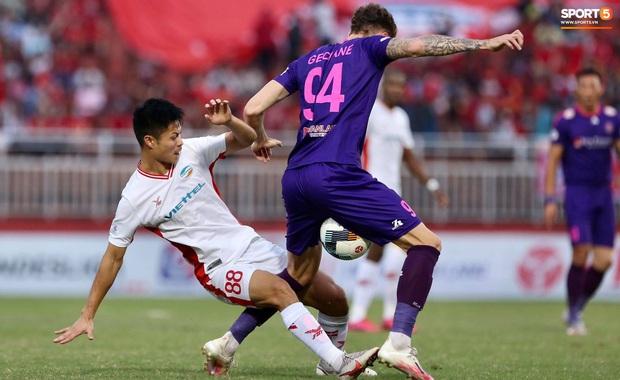 Đánh bại Sài Gòn FC với tỷ số sít sao, Viettel FC chính thức vô địch V.League 2020 - Ảnh 2.