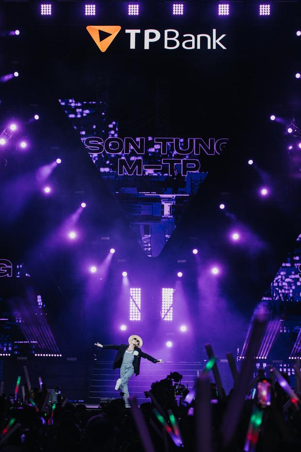 20 nghìn khán giả choáng ngợp trước loạt sân khấu ấn tượng của Sơn Tùng M-TP và dàn sao Vpop tại Đại nhạc hội Beyond The Future - Ảnh 19.