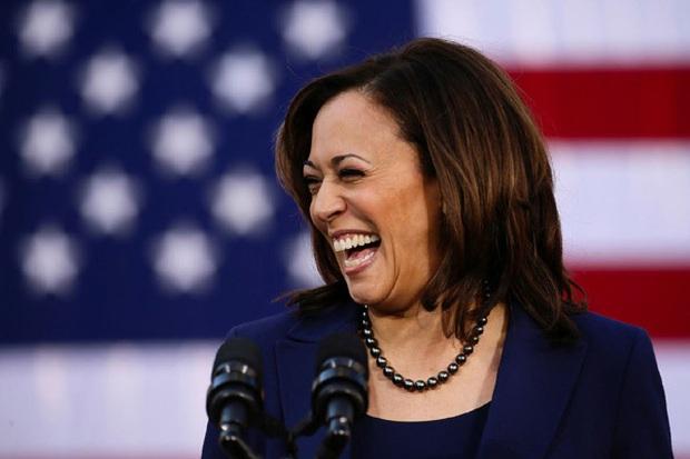 Vừa nhận tin chiến thắng, nữ Phó Tổng thống Mỹ đắc cử đã gửi thông điệp gây xúc động nghẹn ngào và loạt ảnh hiếm thấy của bà khi còn nhỏ - Ảnh 24.