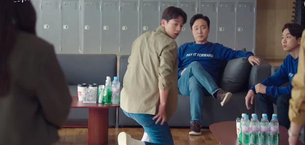 Nam Joo Hyuk mê gái không lối thoát, quỳ gối trước kẻ thù vì Suzy ở preview Start Up tập 8 - Ảnh 5.