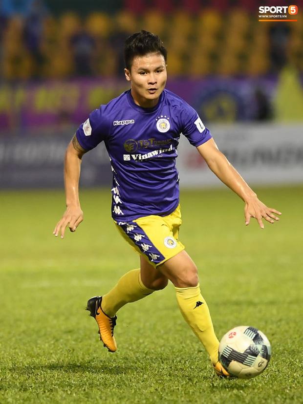 Quang Hải bất ngờ tập tễnh rời sân trong trận đấu cuối cùng của mùa giải và lý do đằng sau - Ảnh 3.