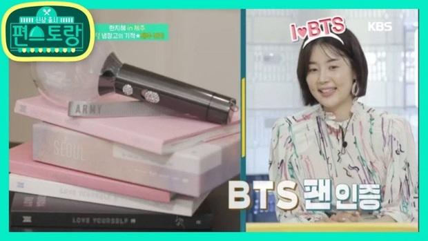 Knet tập hợp list sao Hàn là fan BTS dài đến ngỡ ngàng: Lee Young Ae, Park Min Young và cả dàn nữ thần, tài tử đến VĐV đều u mê - Ảnh 20.