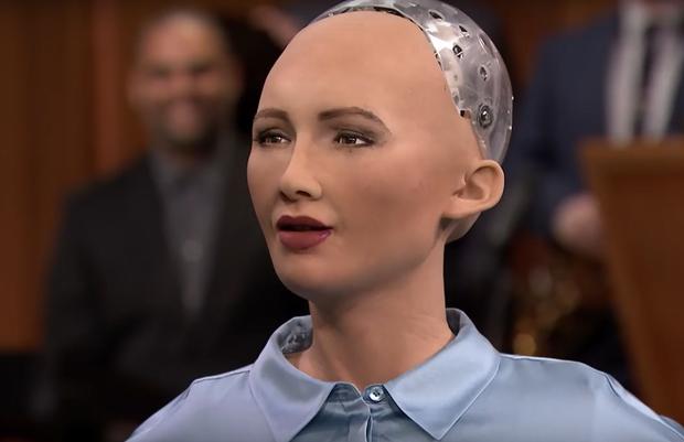 """Cô nàng siêu robot Sophia từng tuyên bố """"huỷ diệt loài người"""" 4 năm trước bây giờ ra sao? - Ảnh 2."""