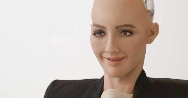 """Cô nàng siêu robot Sophia từng tuyên bố """"huỷ diệt loài người"""" 4 năm trước bây giờ ra sao? - Ảnh 4."""