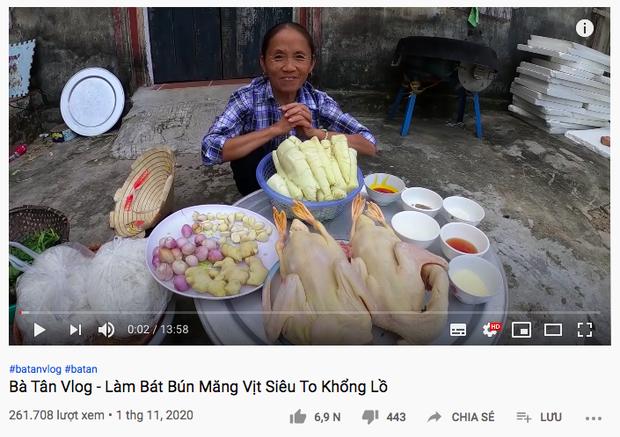 Kênh Bà Tân Vlog tuột dốc không phanh 1 tháng sau scandal của con trai, lượng view chỉ bằng 1/10 trước đây - Ảnh 4.