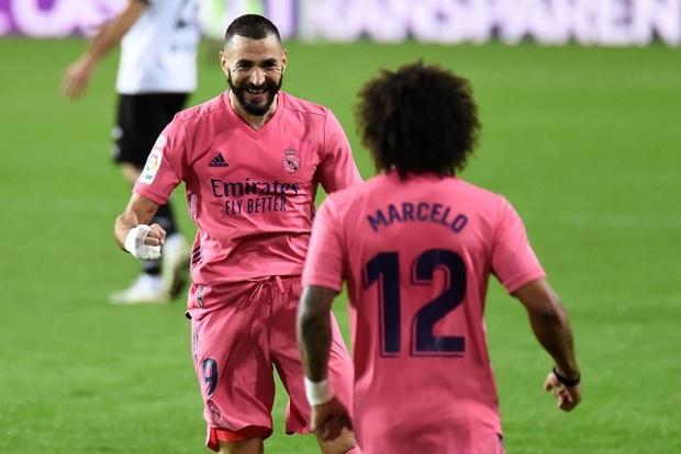 Cực sốc: Real Madrid thua ngược 1-4, ba trong bốn bàn thua là penalty - Ảnh 1.