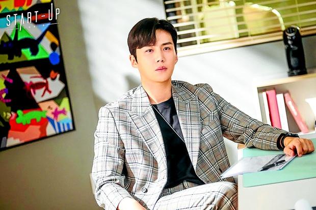 Ngoài Kim Seon Ho, biên kịch Start Up có cả vũ trụ kép phụ siêu cưng, anh nào cũng ăn đứt nam chính - Ảnh 14.