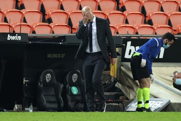 Cực sốc: Real Madrid thua ngược 1-4, ba trong bốn bàn thua là penalty - Ảnh 7.