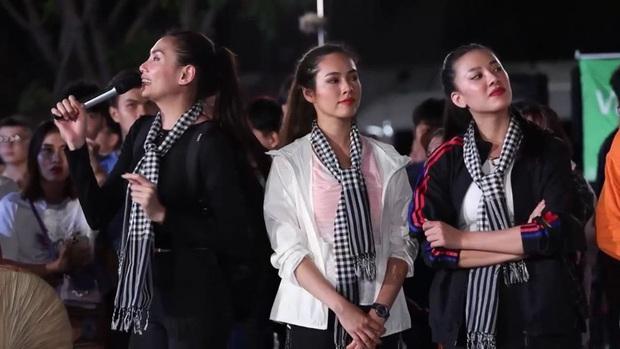 Hương Ly - Mâu Thủy - Khánh Vân toát mồ hôi khi bị Võ Hoàng Yến cùng dàn người đẹp thi nhau chặt chém - Ảnh 7.
