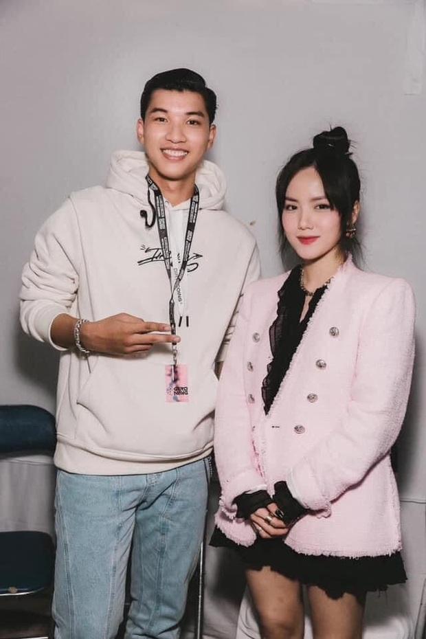 HIEUTHUHAI quả là fanboy thành công: Vừa hé lộ Phương Ly là gu liền được chụp hình chung với crush - Ảnh 1.