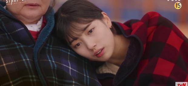Suzy khóc cạn nước mắt vì biết bị hai trai đẹp cực phẩm lừa đau đớn ở preview Start Up tập 9 - Ảnh 2.